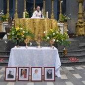 Vénération des reliques à l'église Saint-Sulpice