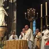 Messe avec Monseigneur Rey