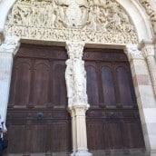 Magnifique porte Sainte de la Cathédrale d'Autun