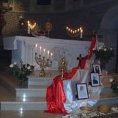 Adoration du Très Saint Sacrement et la vénération des reliques ont duré toute la nuit