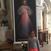 Jésus et Thérèse, la petite apôtre de la Miséricorde qui a passé sa nuit devant Jésus et devant les reliques