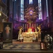 L'Autel de la Cathédrale ressemble à l'Autel de Saint Sulpice